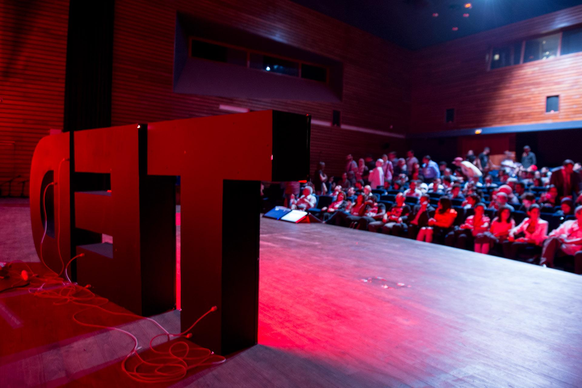 Un premier TEDx arrive à Laval!